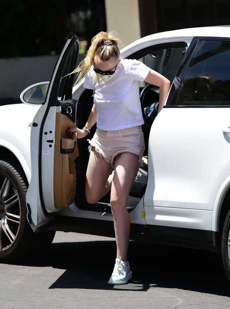 Dakota Fanning Candids Out In Los Angeles
