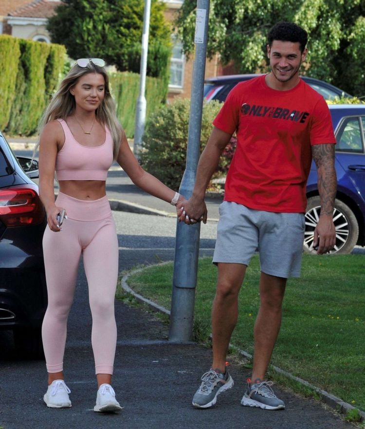 Molly Smith Spotted In A Pink Gym Outfit With Her Boyfriend In Manchester