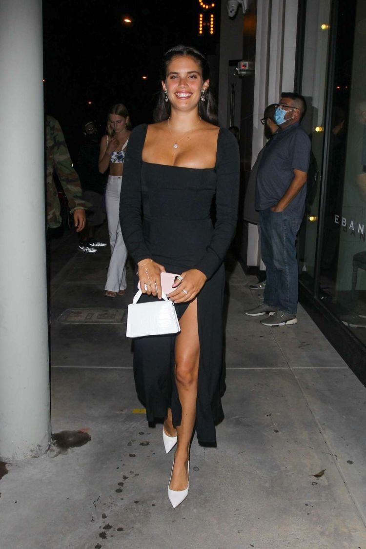 Sara Sampaio Spotted Leaving Catch Restaurant In West Hollywood