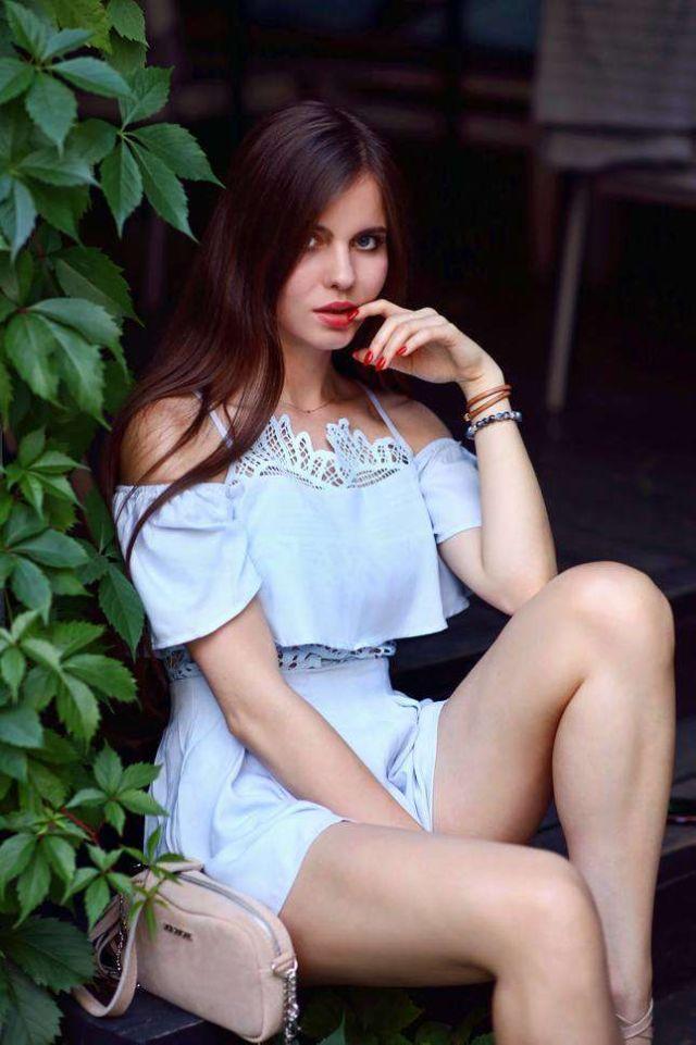 Beautiful Ariadna Majewska Poses In High Heels And Short Dress